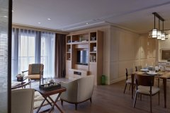 Spacious Luxury Service Apartment near Yuyuan and The Bund