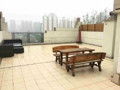 Ample 2BR Apartment with big Terrace in Xintiandi