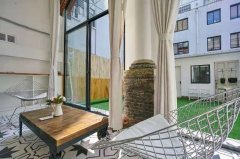 Great 2BR Apartment with 60sqm Terrace near The Bund