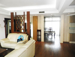 Beautiful apartment for rent in Top of City compound
