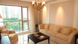 Renovated Shimao Riviera in Pudong for rent with beautiful vi