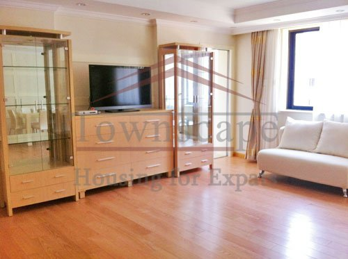 hongqiao apartment rent shanghai Cozy and bright apartment for rent in Hongqiao