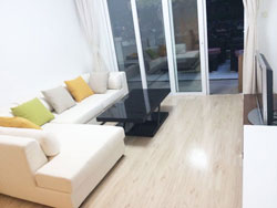 Apartment with terrace for rent in Xujiahui