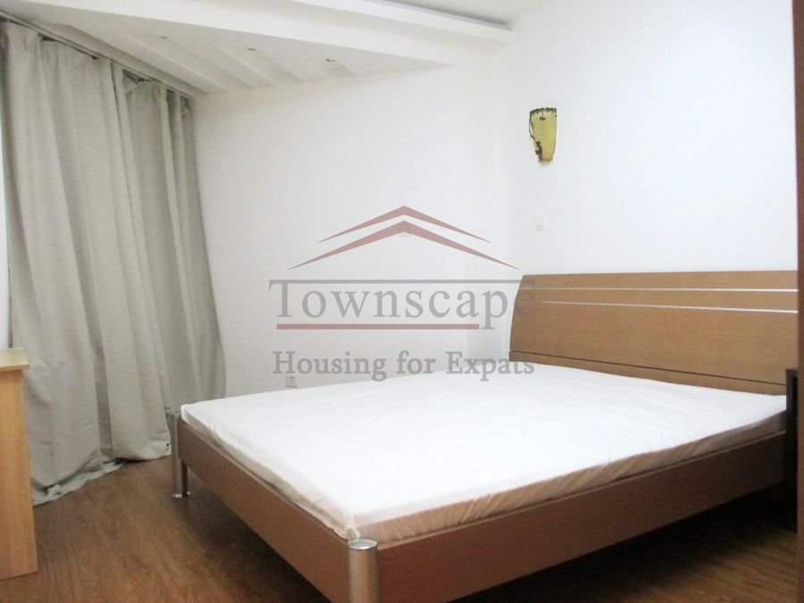 House for rent in Shanghai Clean Modern 3 bedroom apartment Central Shanghai just off Nanjing rd