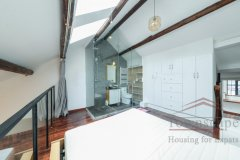 Shanghai renovated apartment Wonderful 2+1BR Lane House for Rent in Jingan on Yuyuan Road