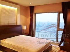 Lujiazui big apartment High floor 5 Bed Apartment in Shimao Riviera Garden