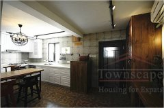 shanghai 4br garden Perfected 4BR Lane House with small garden for rent in Jingan