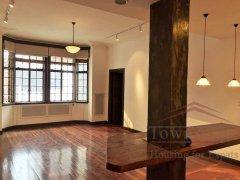 shanghai 3br apartment Well-priced 168sqm, 3BR Old Apt nr S Shanxi Rd