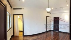 shanghai old building Well-priced 168sqm, 3BR Old Apt nr S Shanxi Rd
