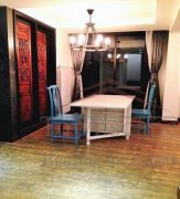 Shanghai apartment for rent Superbly Renovated 2+1BR Old Apartment for Rent near South Shanxi Road Metro Line 1 and Line 10