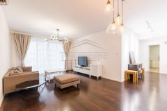 Sunny 3BR Apartment in Xujiahui