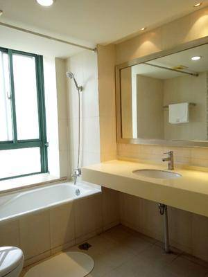 rent 3BR flat in shanghai Three Bedrooms Apartment at an Affordable price, Xujiahui, Xuhui District