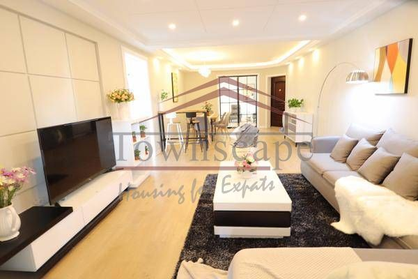 Modern 3BR Apartment for Rent in Jingan