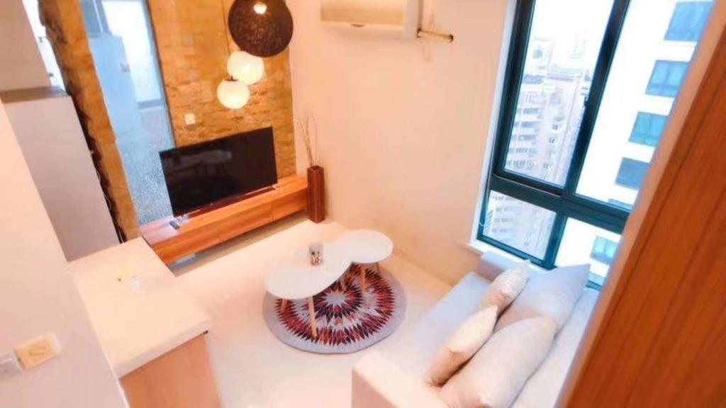Good 1BR Apartment for Rent in Xujiahui