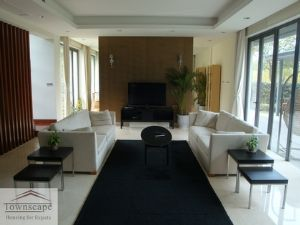 Villa Riviera, 5br, 550m2, fully floor heated in Qingpu