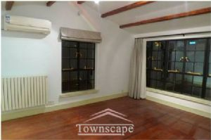 4 storey villa in quiet neighbourhood with wall heaters