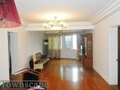 Bright beautiful 2BR hardwood floors and Shanghai view