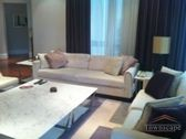 <b>Bright 3BR apt with balcony and fantastic design</b>