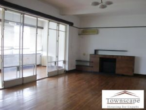 Commercial space for office 150 sqm  on huaihai road near Ch